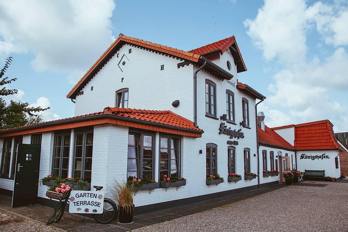 Außenaufnahme Restaurant Königshafen in List auf Sylt