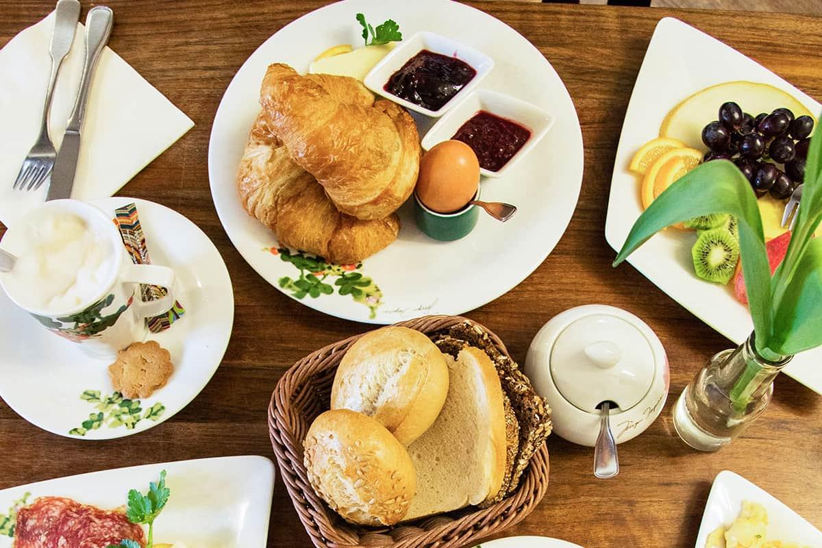 Der perfekte Junggesellinnenabschied auf Sylt: Frühstücken