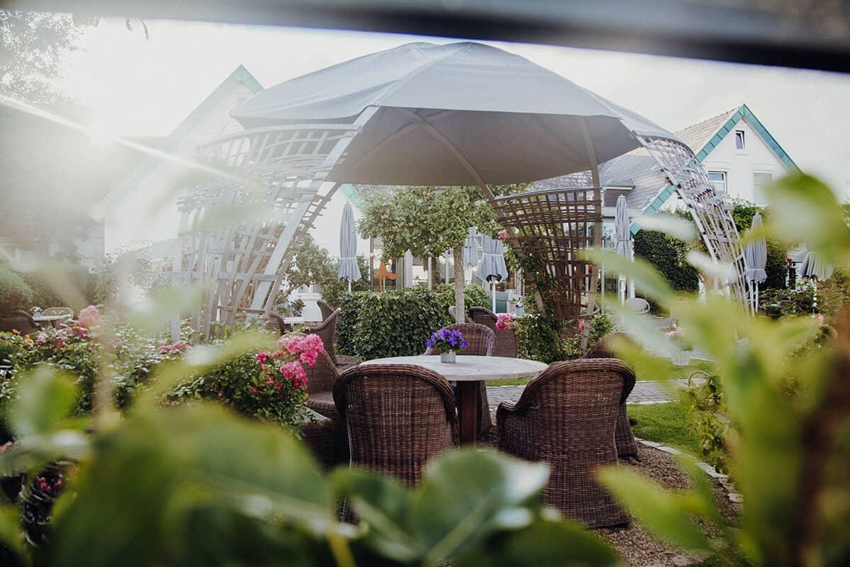 Café Ingwersen Morsum Obstbauerngarten Apfelbaum Terrasse