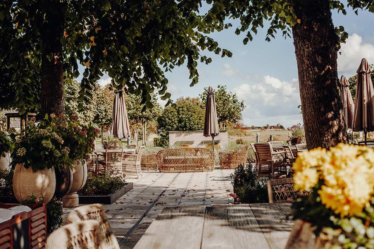 Hotel hof Galerie Garten Terrasse Morsum