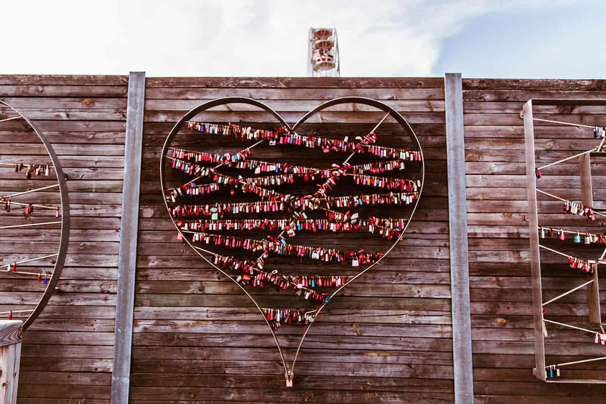 Liebesschlösser List auf Sylt Hafen