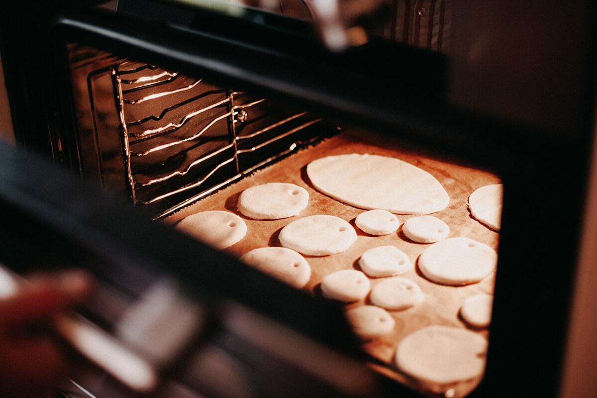 Salzteig im Ofen