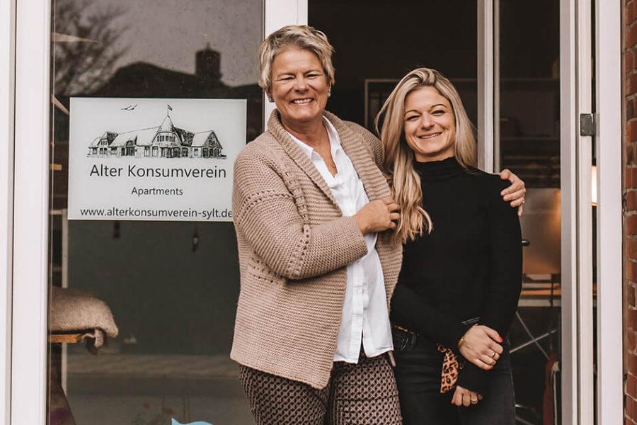 Alter Konsumverein: Apartment-Vermietung in Westerland – Uta und Lisa Apel