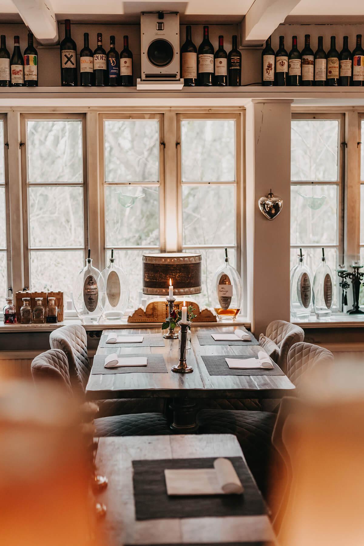 Restaurant Vogelkoje: Regionale Küche, romantisch, Landhausstil