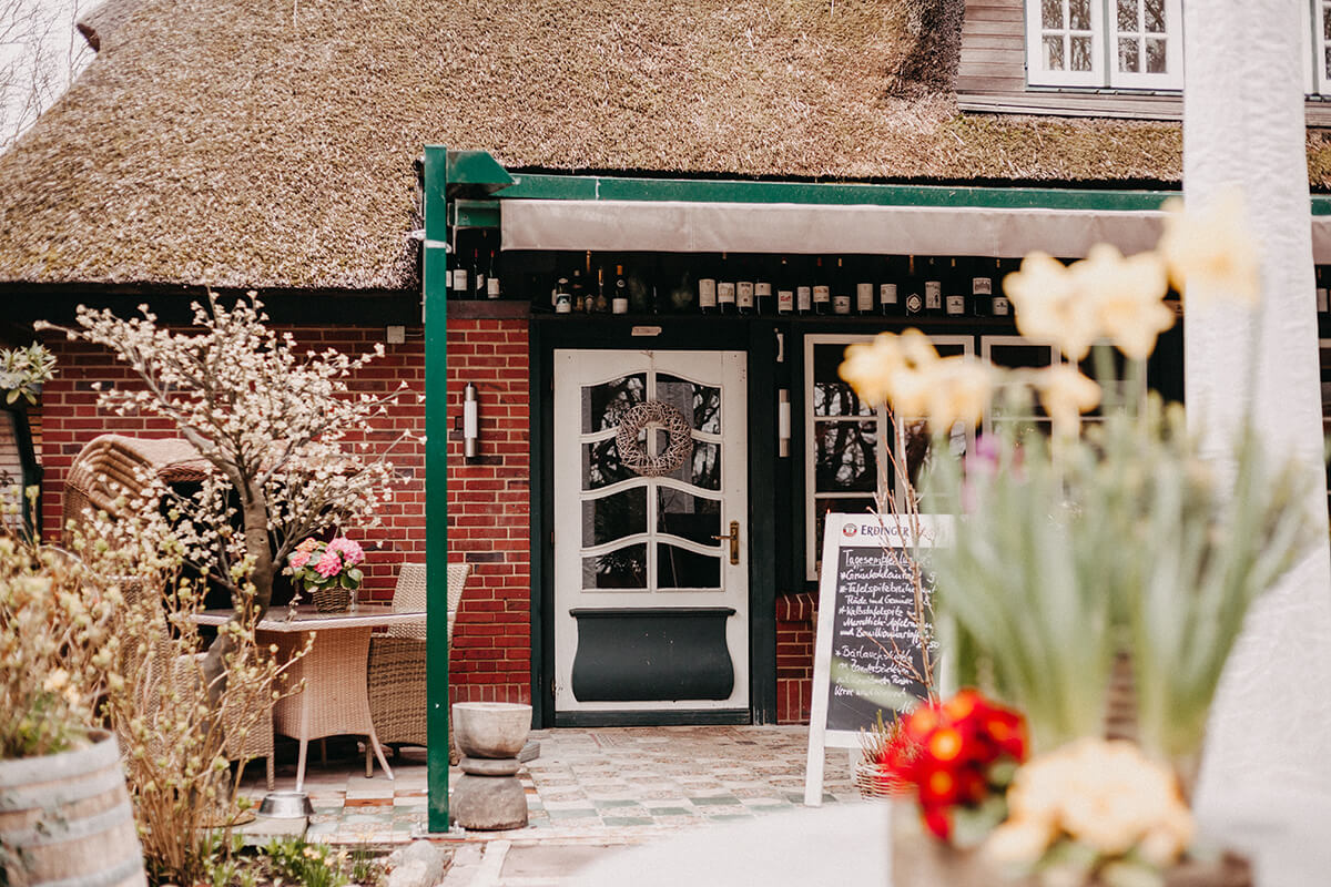Restaurant Vogelkoje: Regionale Küche, romantisch, Garten, Terrasse
