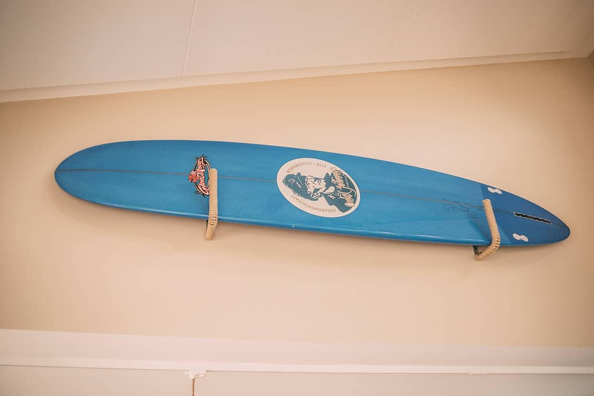 Surfbrett im Innenraum